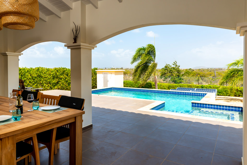 Vila Para Blou - Bonaire - Uitzicht zwembad